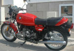 BMW R65 in red